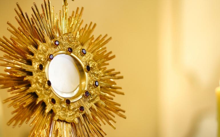 Adoracja Najświętszego Sakramentu dla Młodzieży